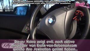 Parkplatznutte beim Fick im Auto POV gefilmt